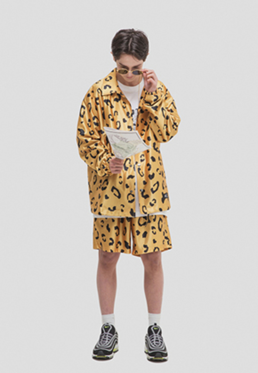 WKNDRS위캔더스 LEOPARD SHORTS (YELLOW)