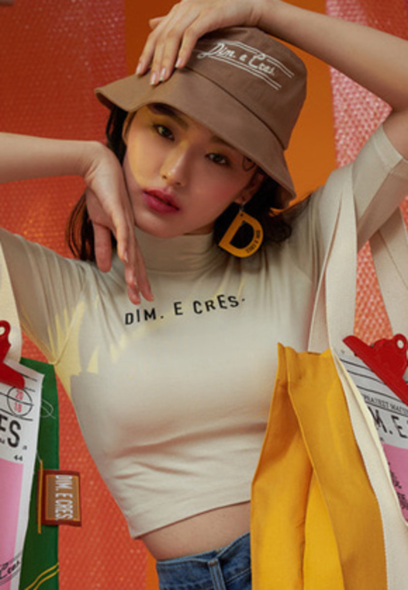 DIM.E.CRES.딤에크레스 DIM. E CRES. CROP SHORT SLEEVES_BEIGE