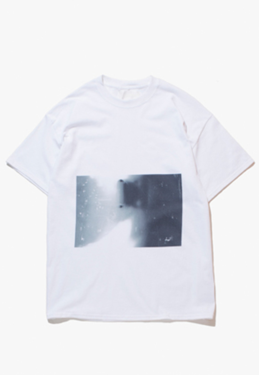 Gakuro가쿠로 'Sunshine' T-Shirt (White)