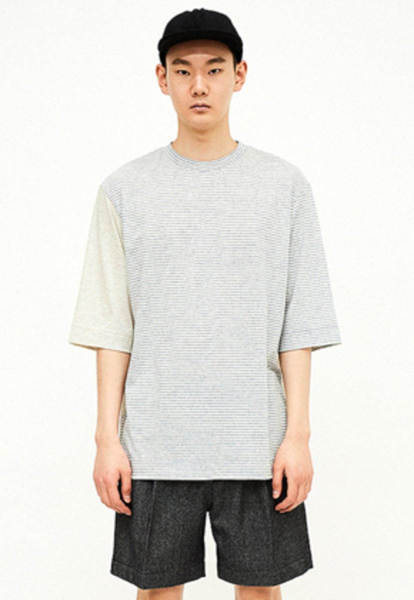 SEC세크 [Unisex] Contrast-striped T-shirt_B?Y