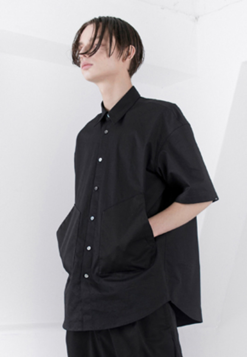 FROMMARK프롬마크 POCKET DETAIL SHORT-SLEEVE SHIRT BLACK