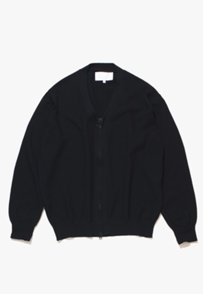 Gakuro가쿠로 Zippered Cardigan (Black)