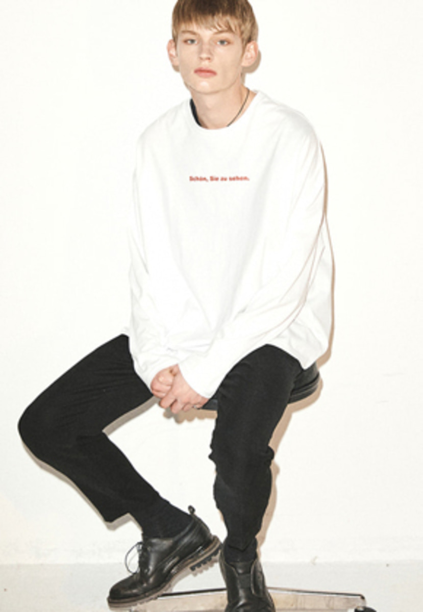 Haleine알렌느  WHITE slogun longsleeve(FT004)