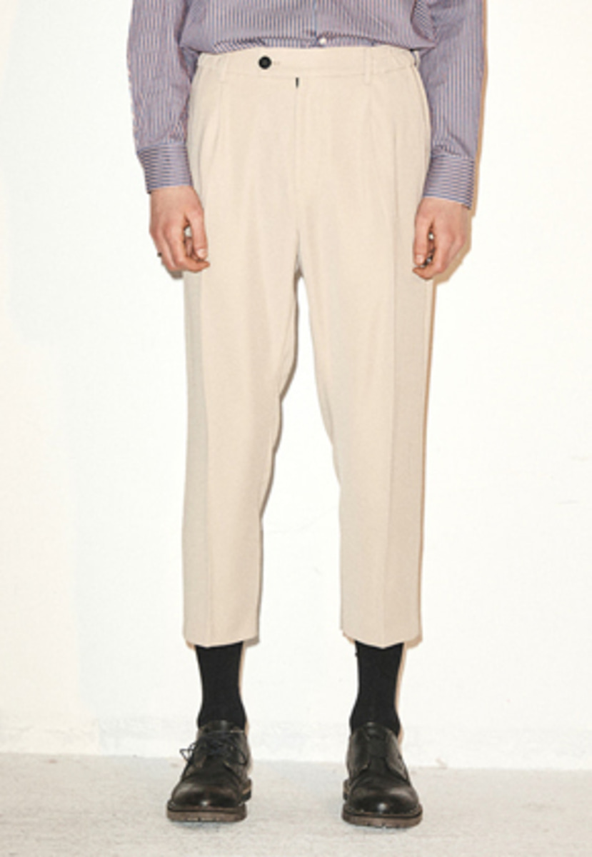 Haleine알렌느  LIGHT BEIGE silky baggy fit slacks(FB002)