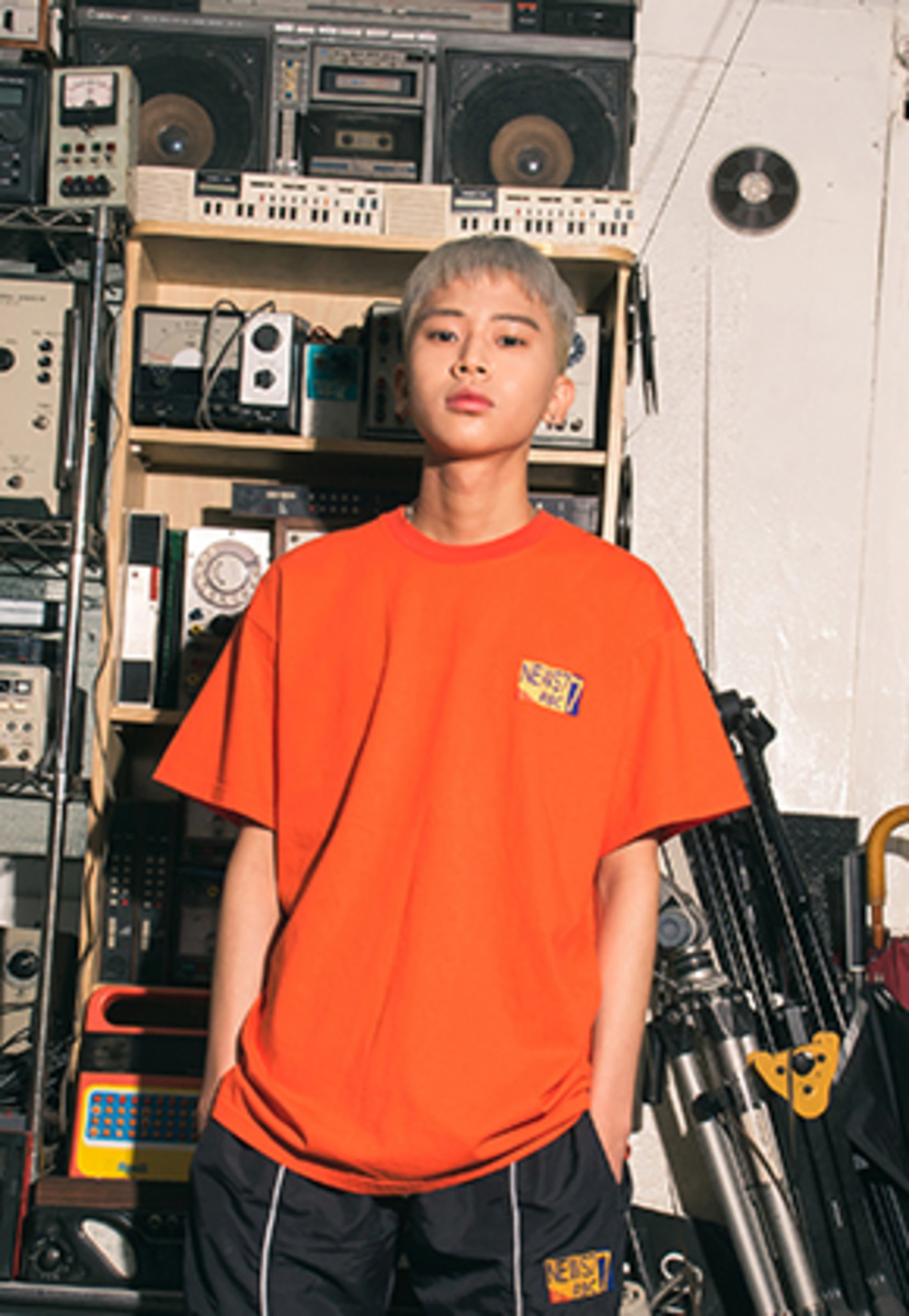 Realization리얼라이제이션 RBC NEWS7 T-Shirts [ORANGE]