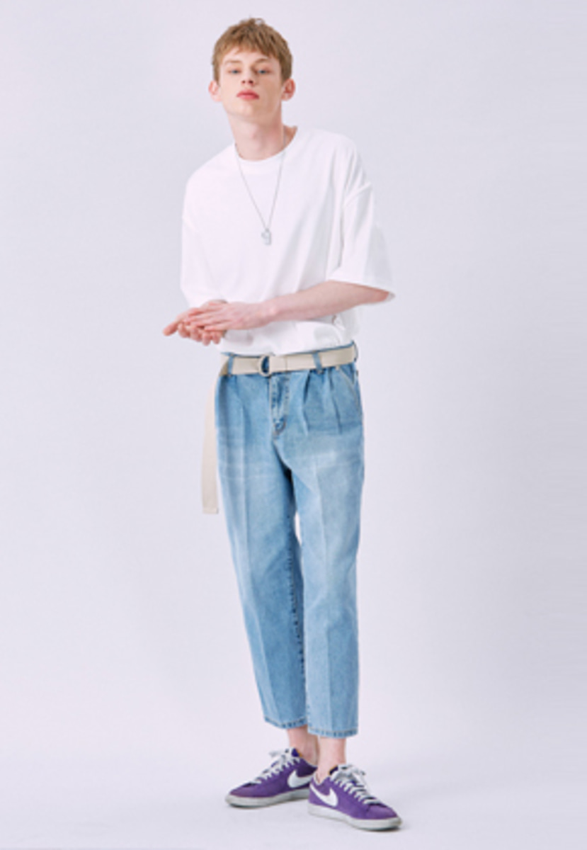 Voiebit브아빗 V233 TWO TUCK RETRO DENIM PANTS  LIGHT BLUE