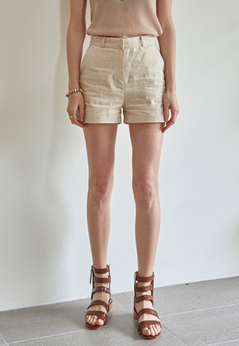 Yan13얀써틴 EASY WEAR LINEN SHORTS_BEIGE
