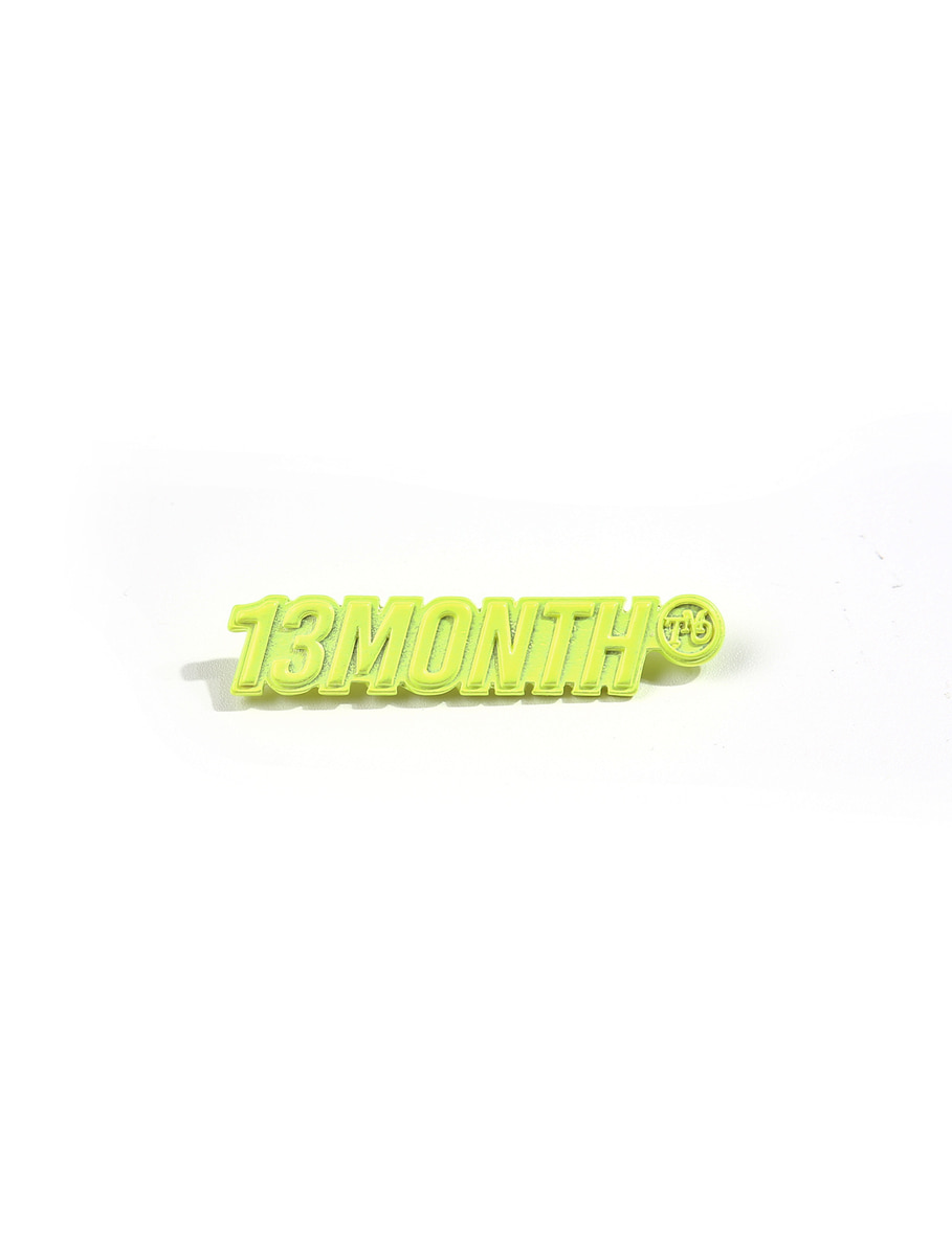 13Month써틴먼스 LOGO BROOCH (LIME)
