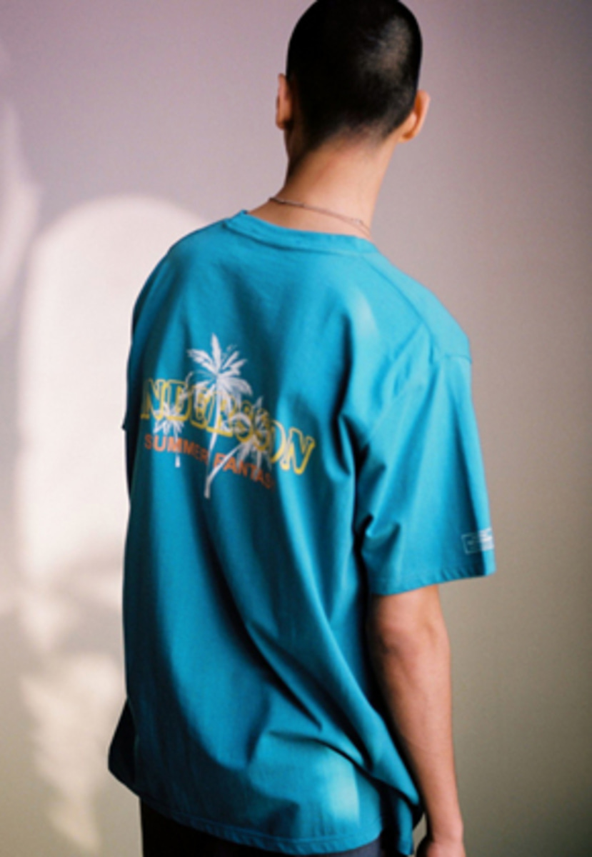 Anderssonbell앤더슨벨 UNISEX PALM TREE FLOCKING T-SHIRT atb213u(Blue / Green)
