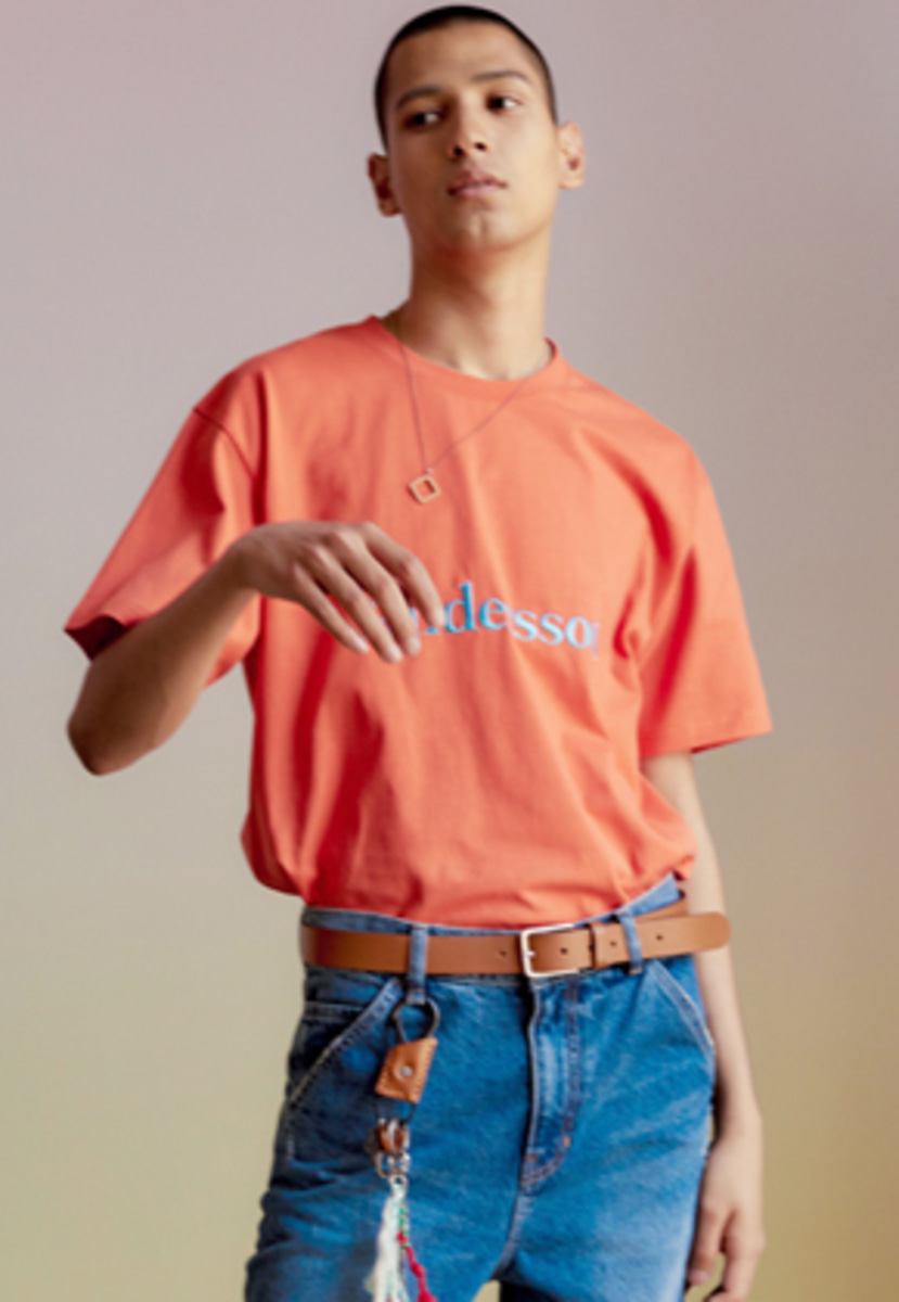 Anderssonbell앤더슨벨 UNISEX ANDERSSON SIGNATURE EMBROIDERY TEE atb211u(Red Orange)