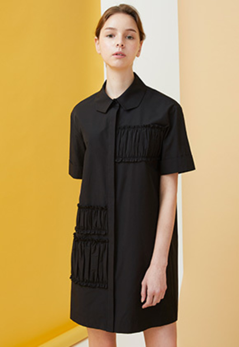 Millogrem밀로그램 Polygon Collar Shirring Dress - black