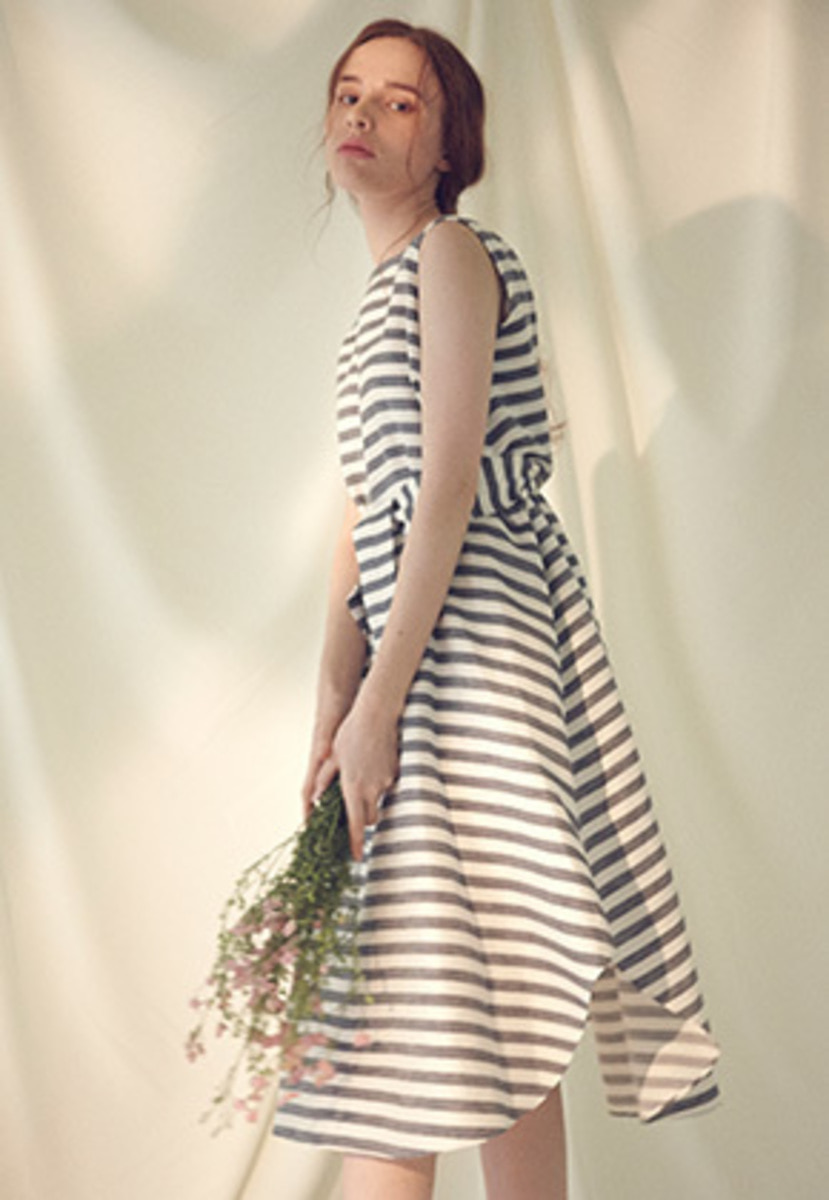 Millogrem밀로그램 Striped Draped Dress - navy