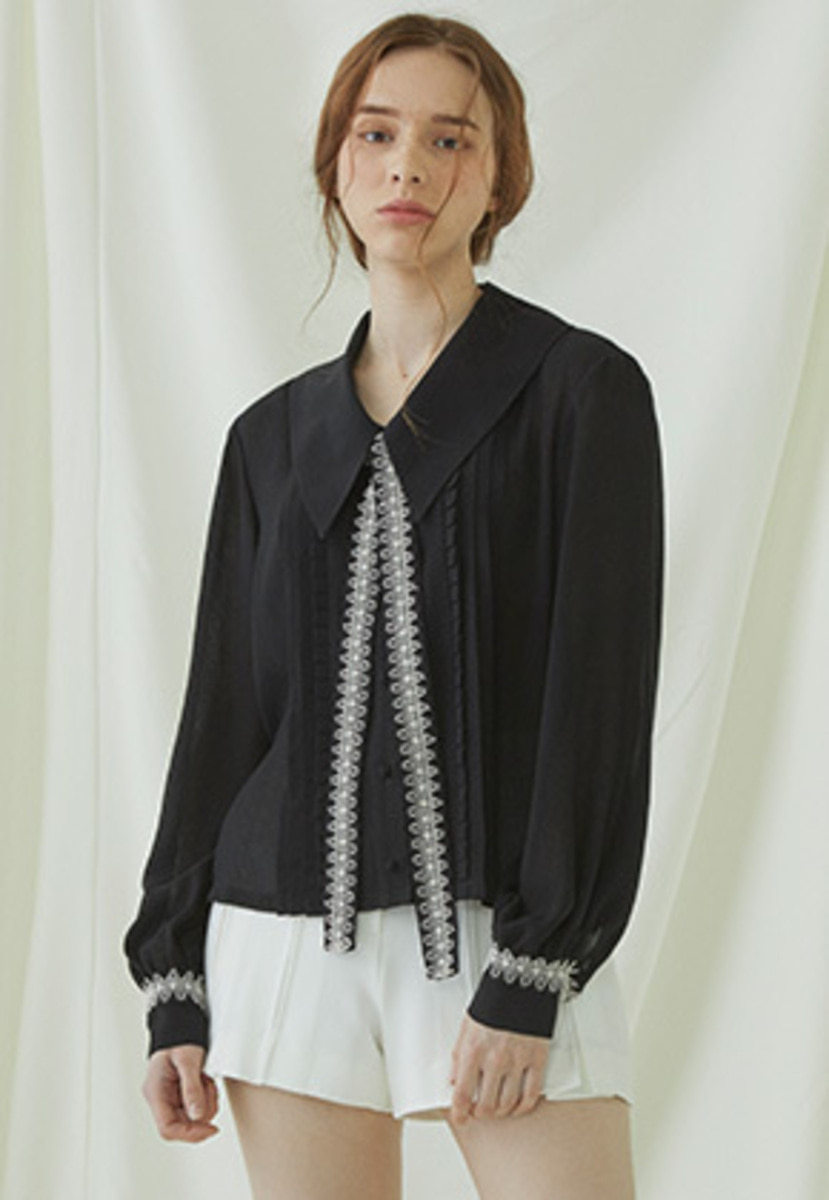 Millogrem밀로그램 Pleats Lace Binding Blouse - black