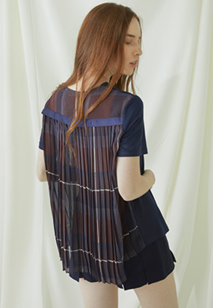 Millogrem밀로그램 Back Pleats T-shirts - navy
