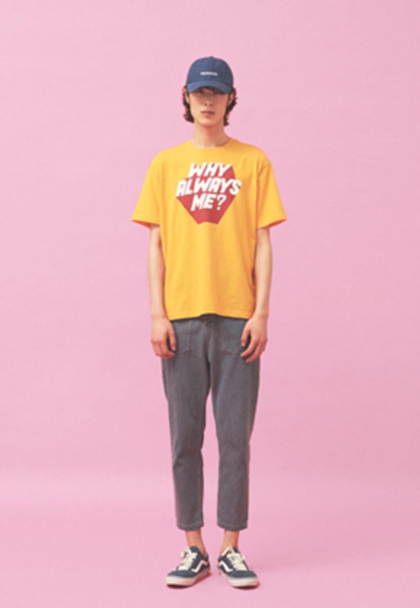 Freiknock프라이노크 WHY ALWAYS ME T-SHIRT YELLOW