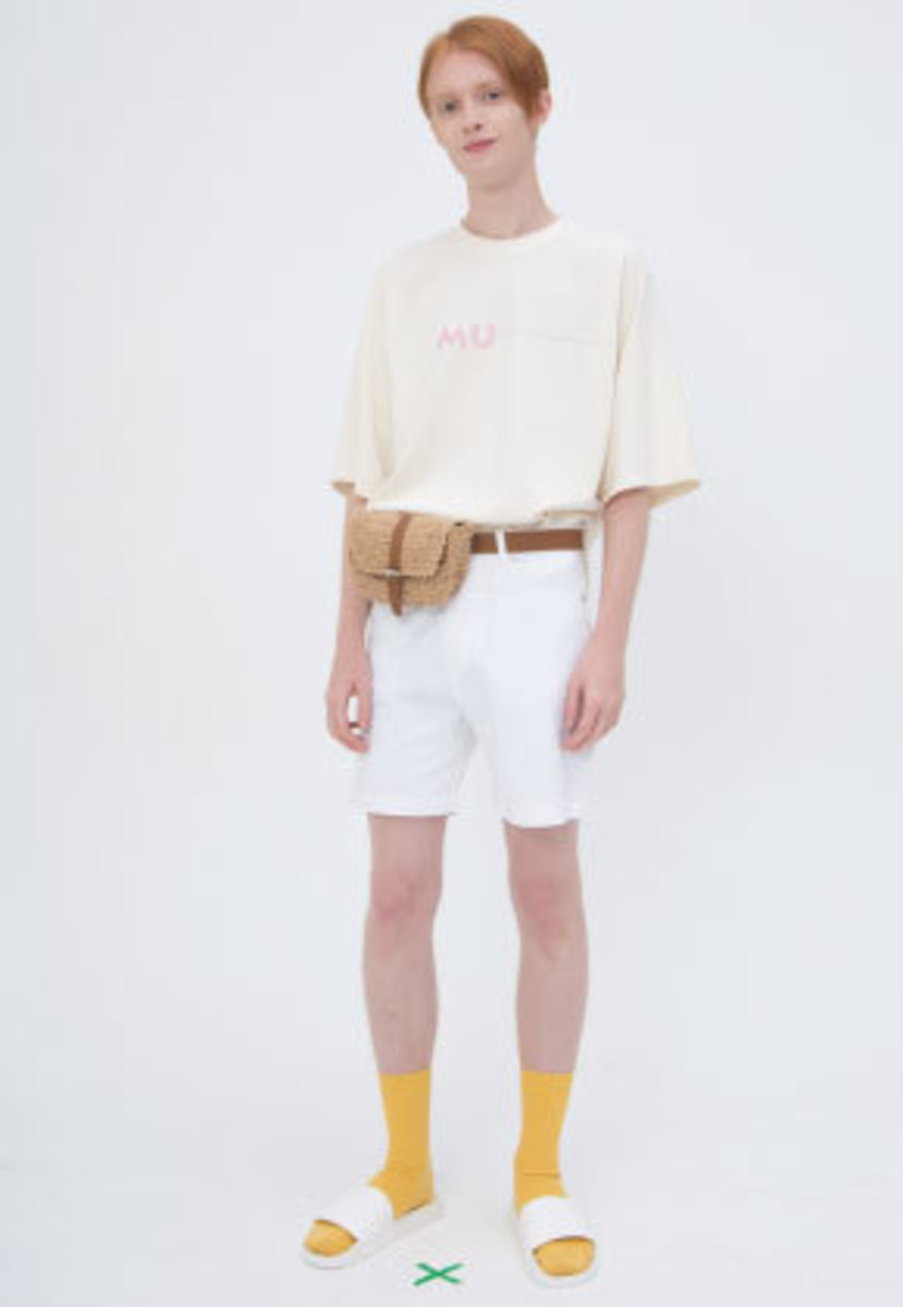 Muguet뮤게 STITCH POINT T-SHIRTS (BEIGE)