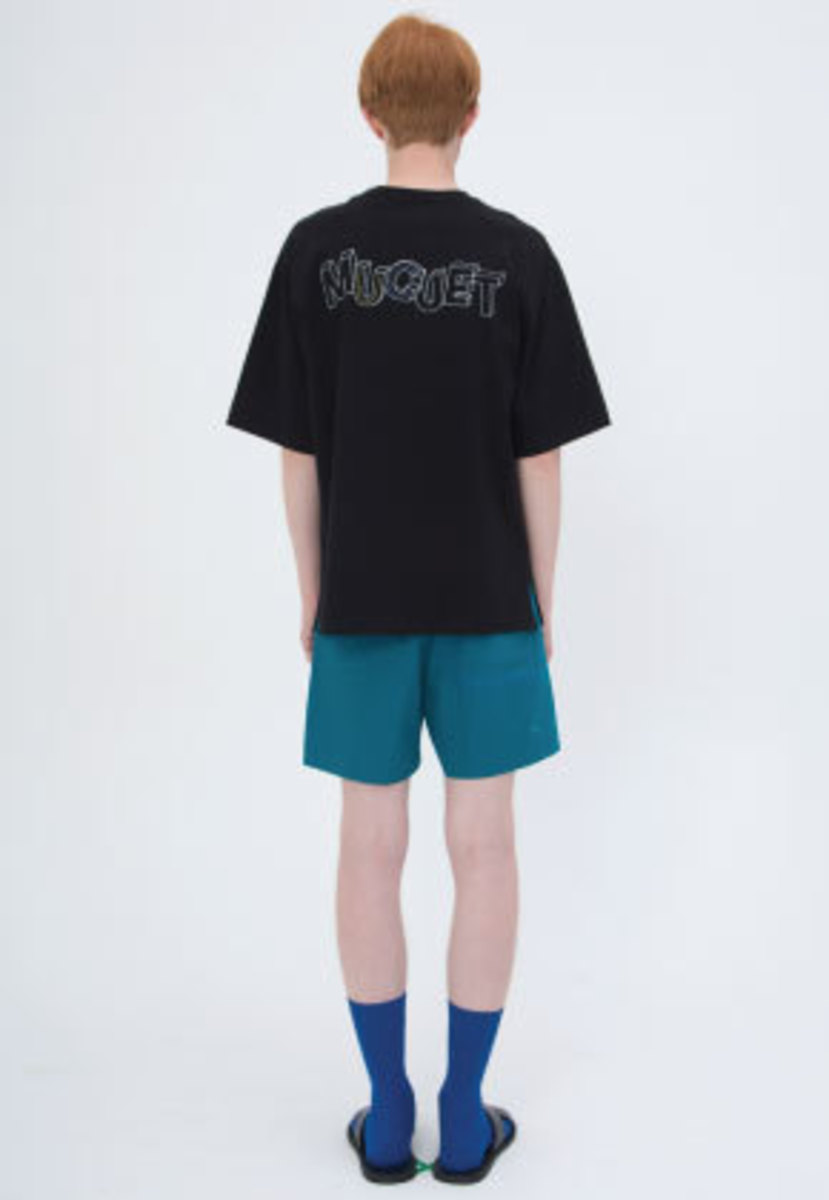 Muguet뮤게 LOGO BOX T-SHIRTS (BLACK)