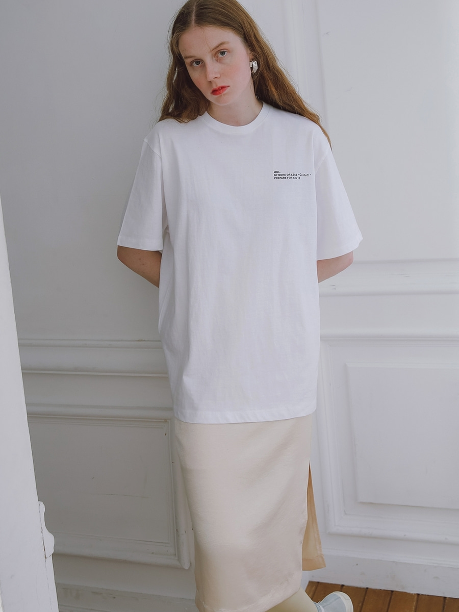 More or Less모어올레스 (UNISEX) 1/2 COTTON T-SHIRTWHITE