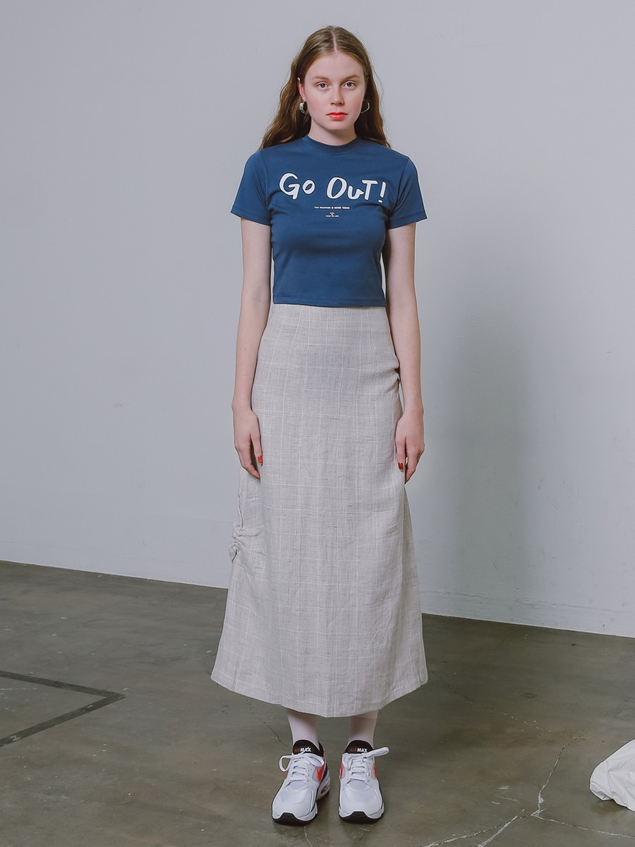 More or Less모어올레스 SLIM-FIT CROP 1/2 T-SHIRTNAVY