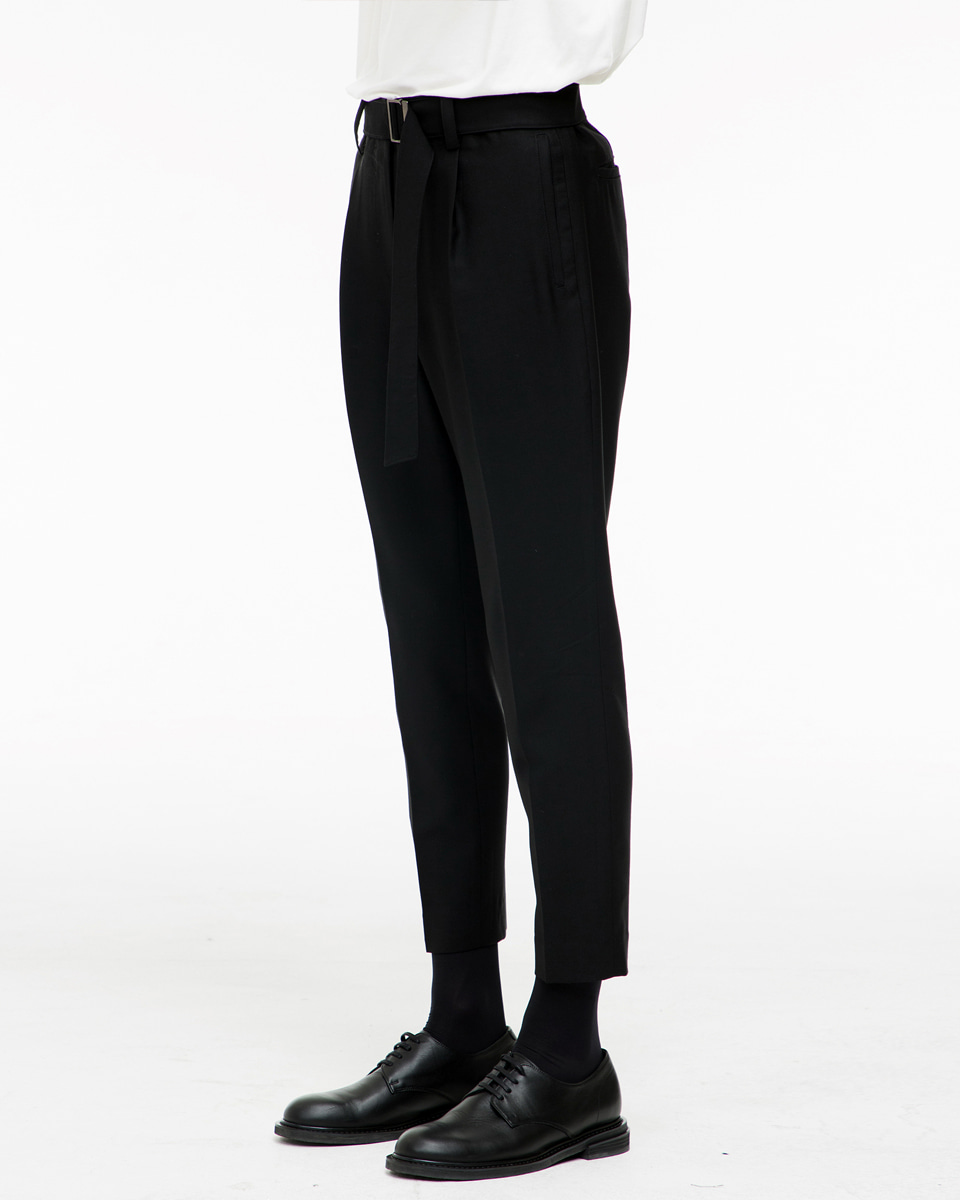 Noirer노이어 Belted One-Tuck Wool Slim Pants 벨티드 원 턱 울 슬림 팬츠