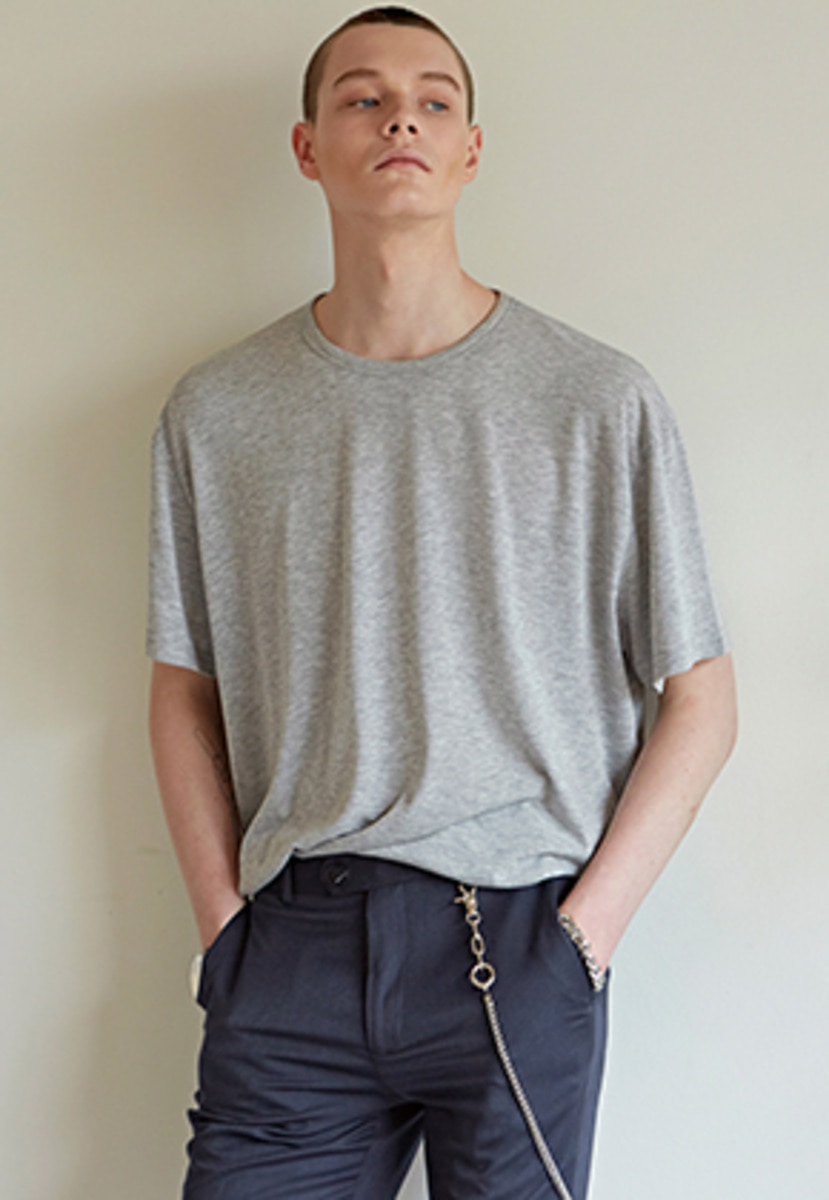 Yan13얀써틴 ESSENTIAL ROUND T-SHIRTS_MELANGE GRAY