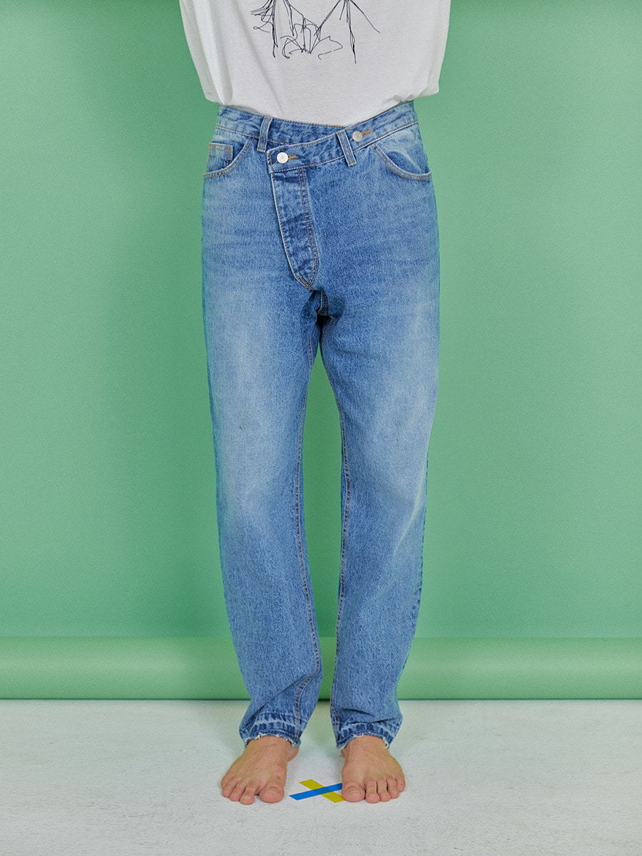 INDIGO CHILDREN인디고칠드런 UNBALANCE WRAPPED JEANS [LIGHT BLUE]
