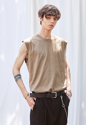Yan13얀써틴 AIR SLUB SLEEVELESS_BROWN