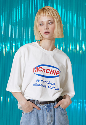 McnChips맥앤칩스 mnc big square logo tee [offwhite]