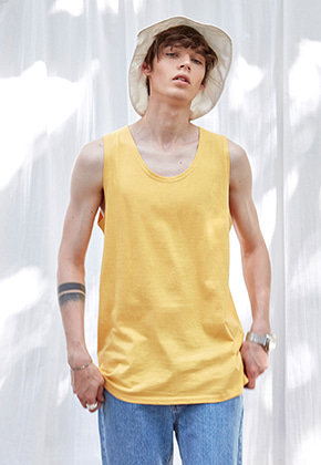 Yan13얀써틴 LONG U-NECK SLEEVELESS_YELLOW