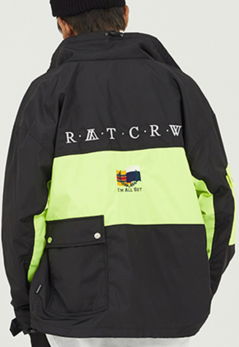 Romantic Crown로맨틱크라운 Drawfit Racing Jacket_Black
