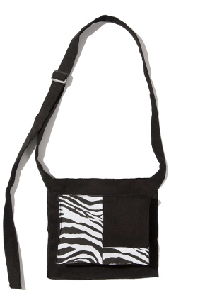 Kruchi크루치 Zebra Pocket bag  -  (Black)