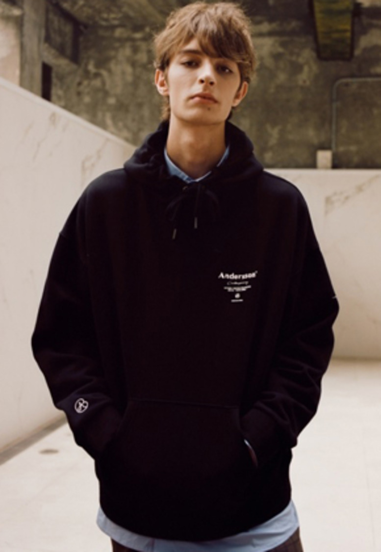 Anderssonbell앤더슨벨 UNISEX ANDERSSON SIGNATURE PATCH HOODIE atb230u(Black)
