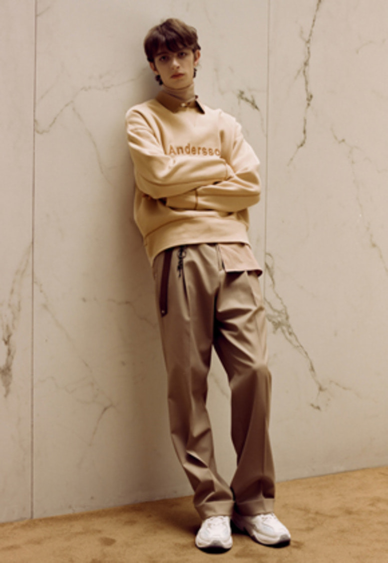 Anderssonbell앤더슨벨 ANDERSSON SEMI WIDE LEGGED TROUSERS apa247m(Beige)