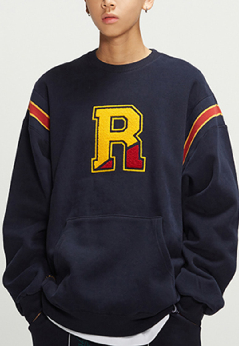 Romantic Crown로맨틱크라운 Big Logo Sweatshirt_Navy