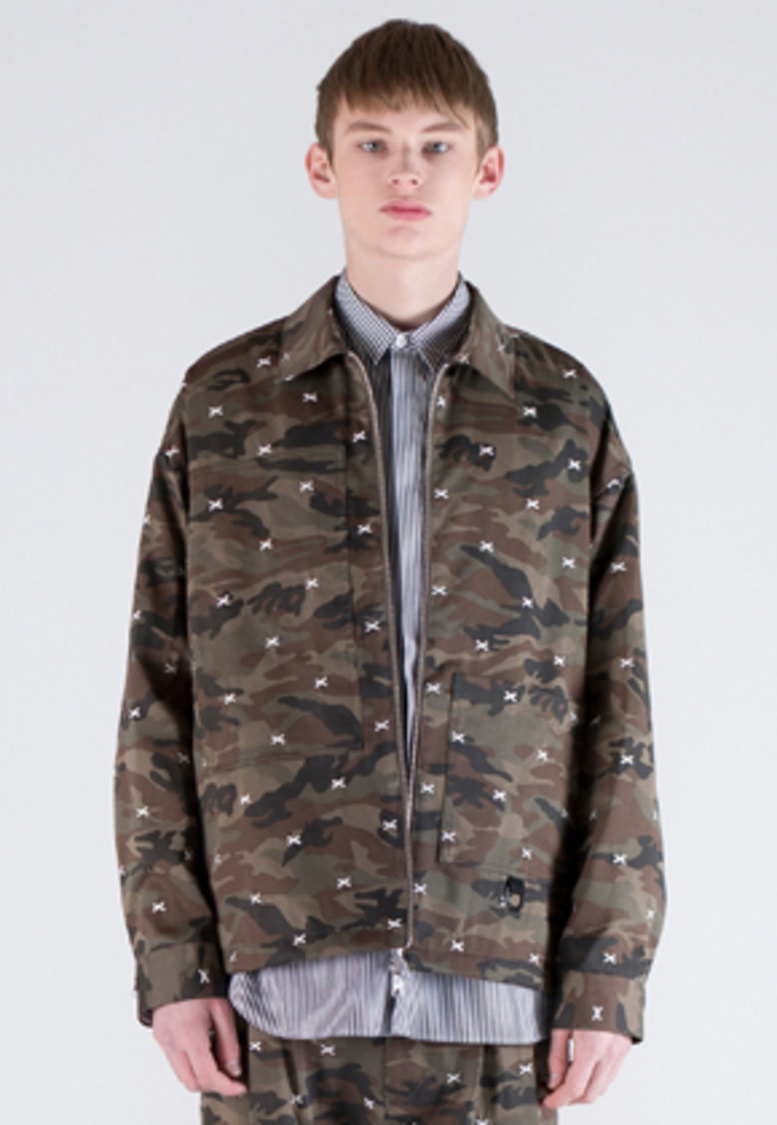 FROMMARK프롬마크 OVERSIZE EMBROIDERY ZIP DETAIL JACKET CAMO