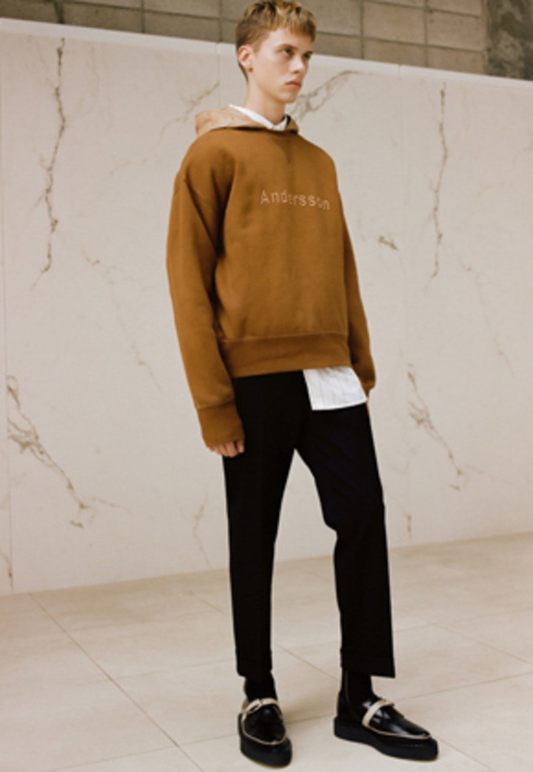 Anderssonbell앤더슨벨 UNISEX CONTRAST EMBROIDERY SWEATSHIRT atb232u(Brown)
