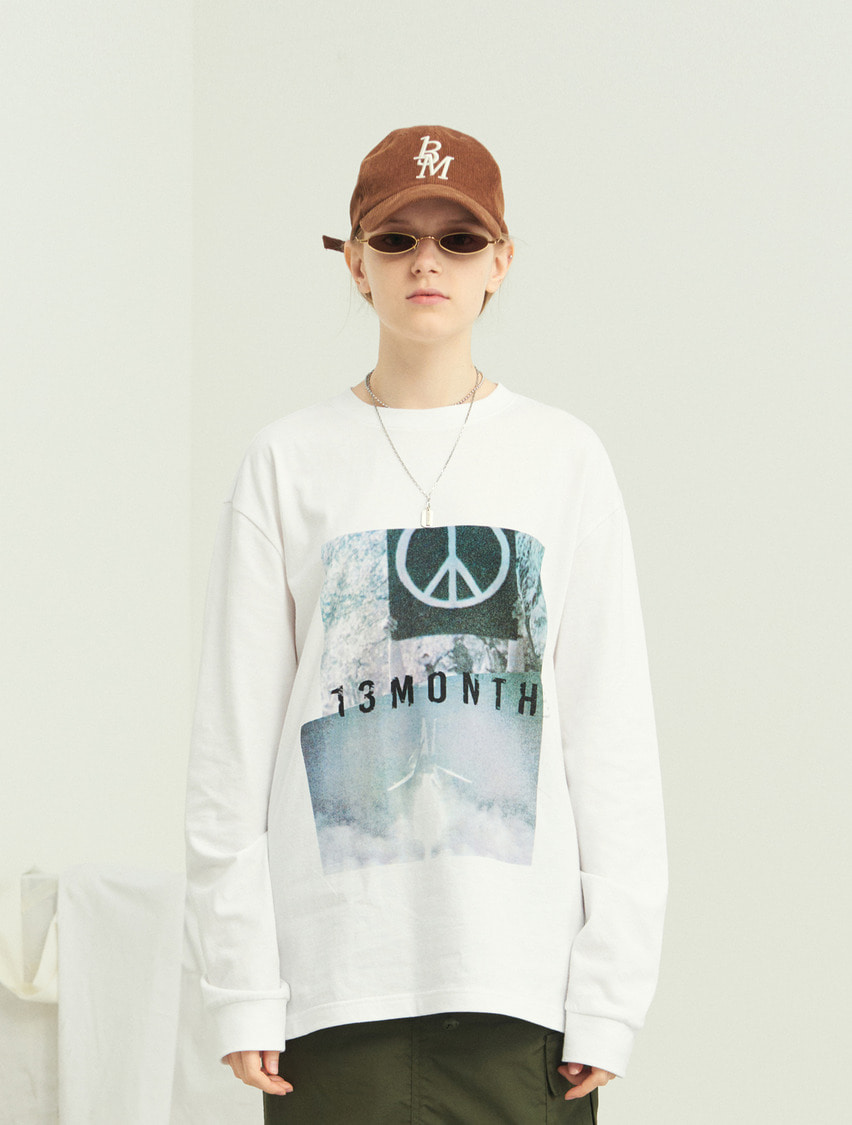 13Month써틴먼스 PEACE LONG SLEEVE T-SHIRT (WHITE)