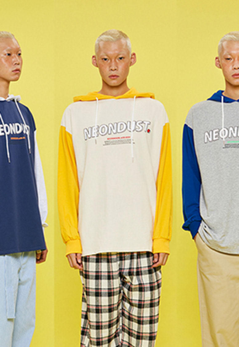 NEONMOON네온문 NEONDUST. 2COLOR HOOD T-SHIRT