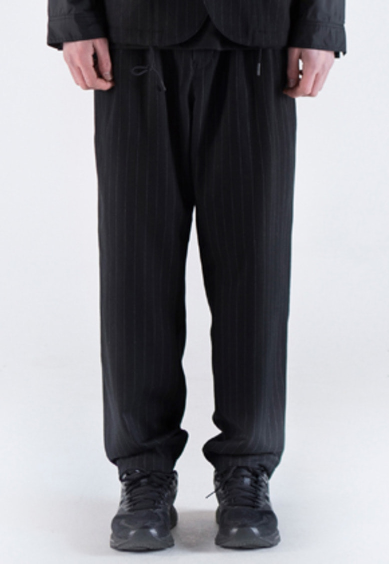 FROMMARK프롬마크 WOOL TWO TUCK PANTS(STRIPE) Black