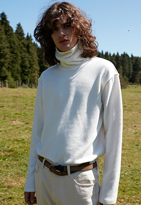 Vuiel뷔엘 SILKET_TURTLENECK_SWEATER - CREAM WHITE