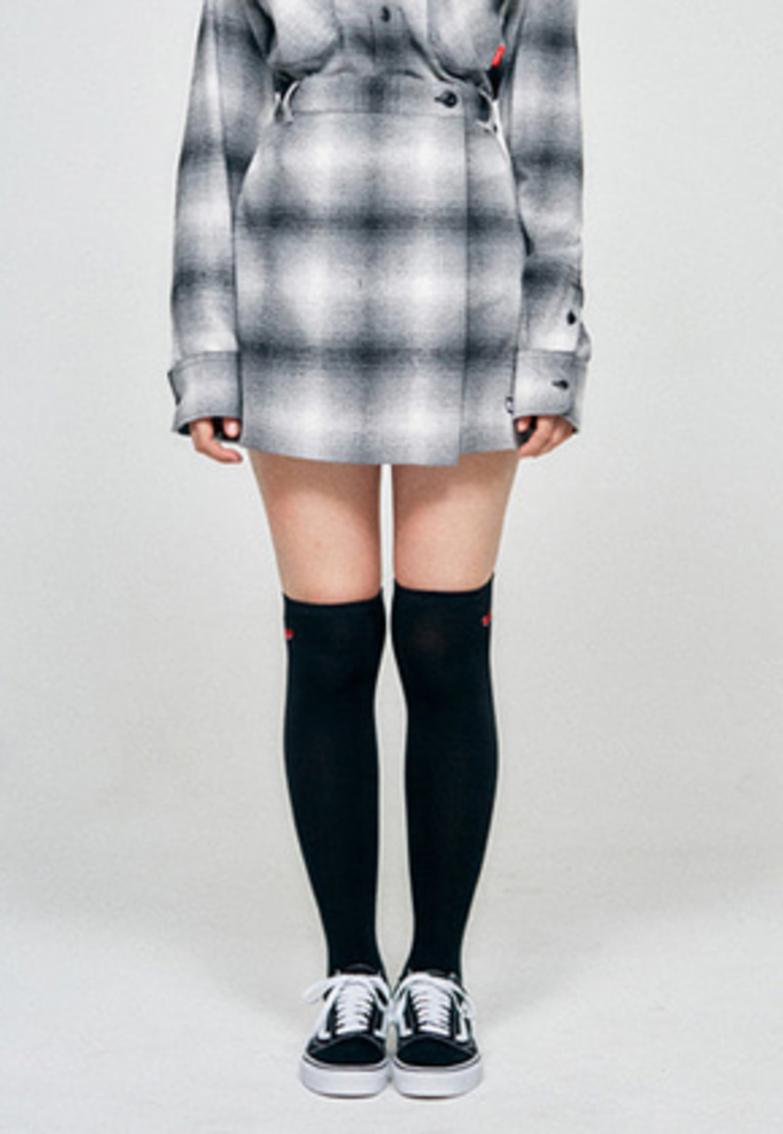 KIRSH키르시 WRAP CHECK SKIRT HA [BLACK]