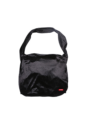 AJO BY AJO아조바이아조 Velvet Messenger Bag [Black]