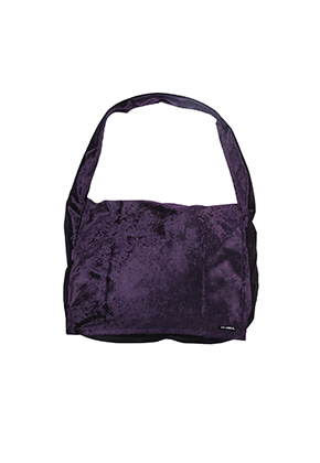 AJO BY AJO아조바이아조 Velvet Messenger Bag [Purple]