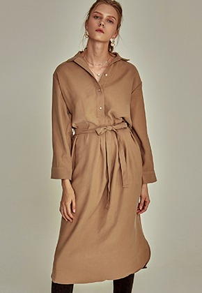 Yan13얀써틴 ROBE SLIT LONG SH OPS_BEIGE