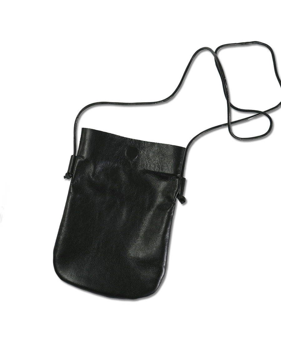 THREE TO EIGHTY쓰리투에이티 Leather cross bag - Black / 2차입고