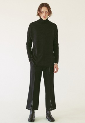 Ooparts오파츠 OPT18FWPT04BK Center Slit Wool Pants