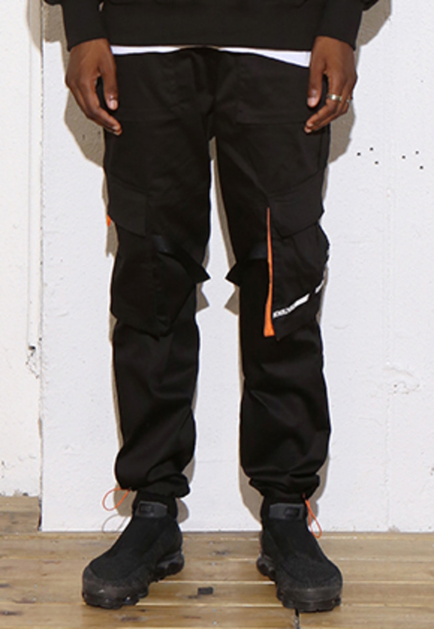 RDVZ DIAGONAL POCKET CARGO PANTS BLACK