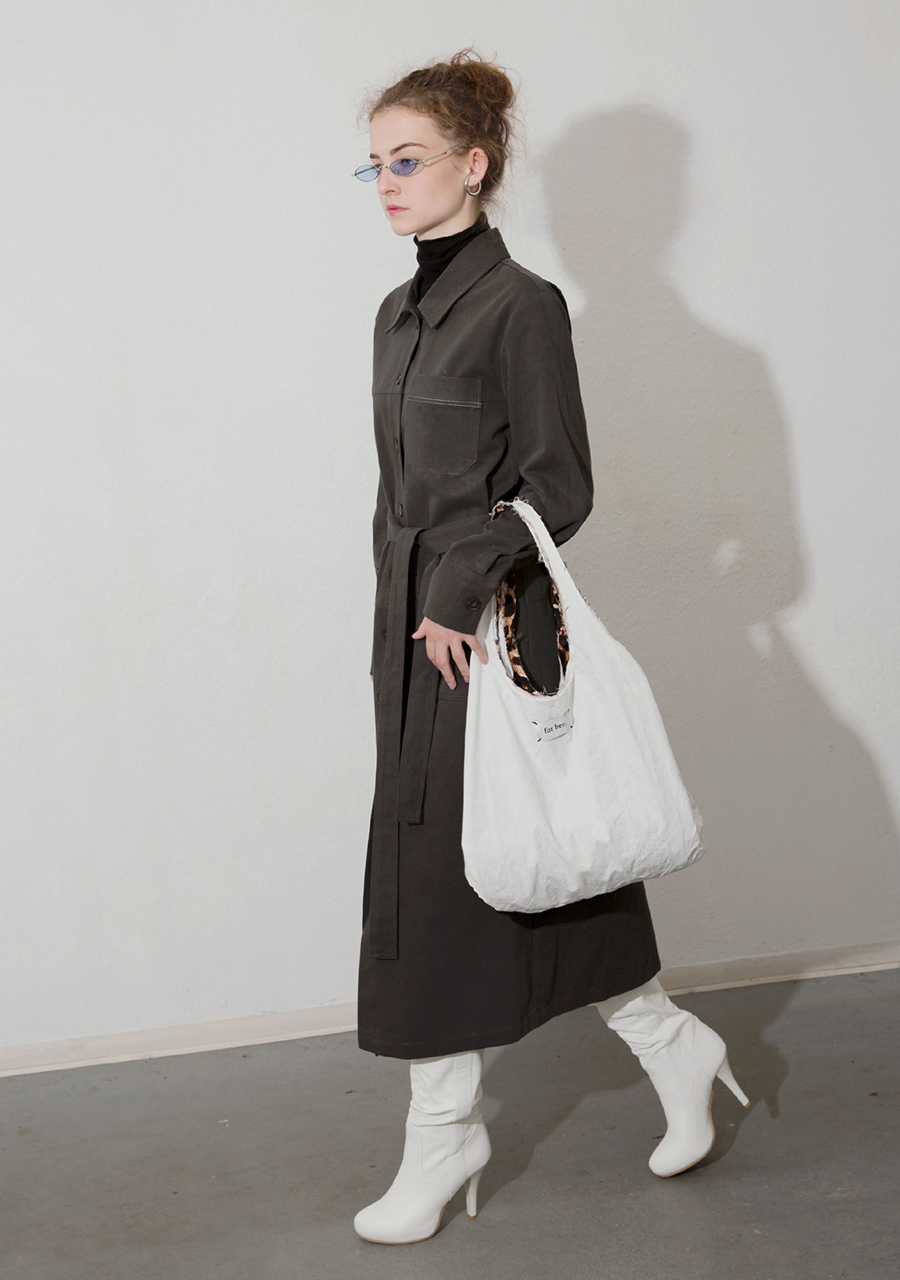 More or Less모어올레스 COTTON TRENCH DRESS - KHAKI