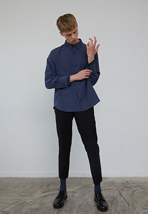 Muguet뮤게 BLOCK CUFFS POINT SHIRTS (NAVY / GREEN)