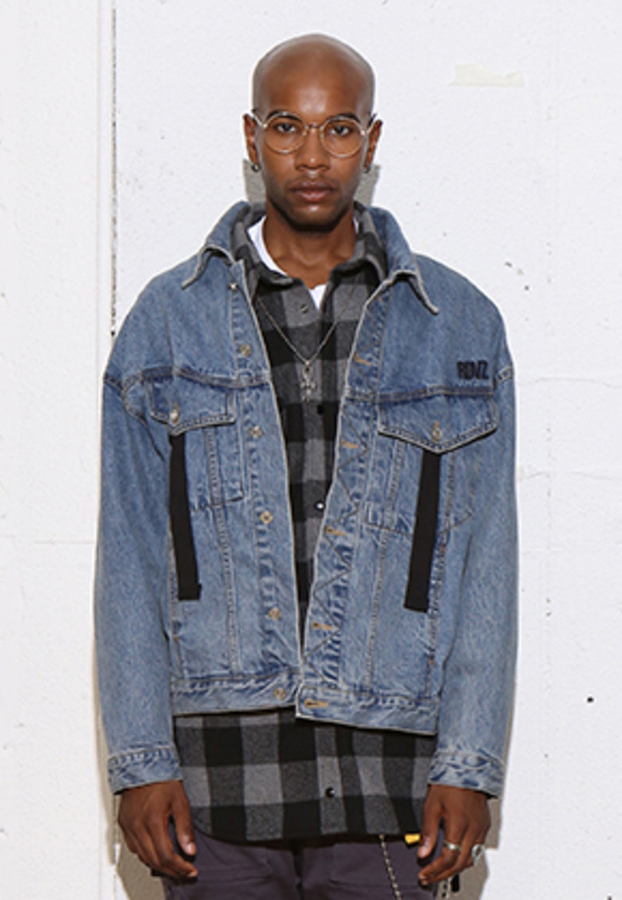 RDVZ RDVZ DENIM TRUCKER JACKET LIGHTBLUE